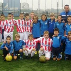 2 - Zajednička fotografija sa vršnjacima iz beogradske Crvene zvezde - 17. novembar 2013. godine