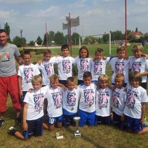 4 - Sa paharom i medanjama osvojenim na Maks sport kupu u Ruskom Selu - jul 2013
