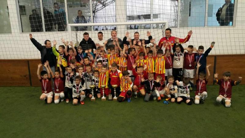 Заједничка слика освајача медаља на финалном турниру за првака Србије