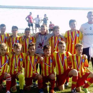 2006. годиште је на турниру у Руменци освојило друго место